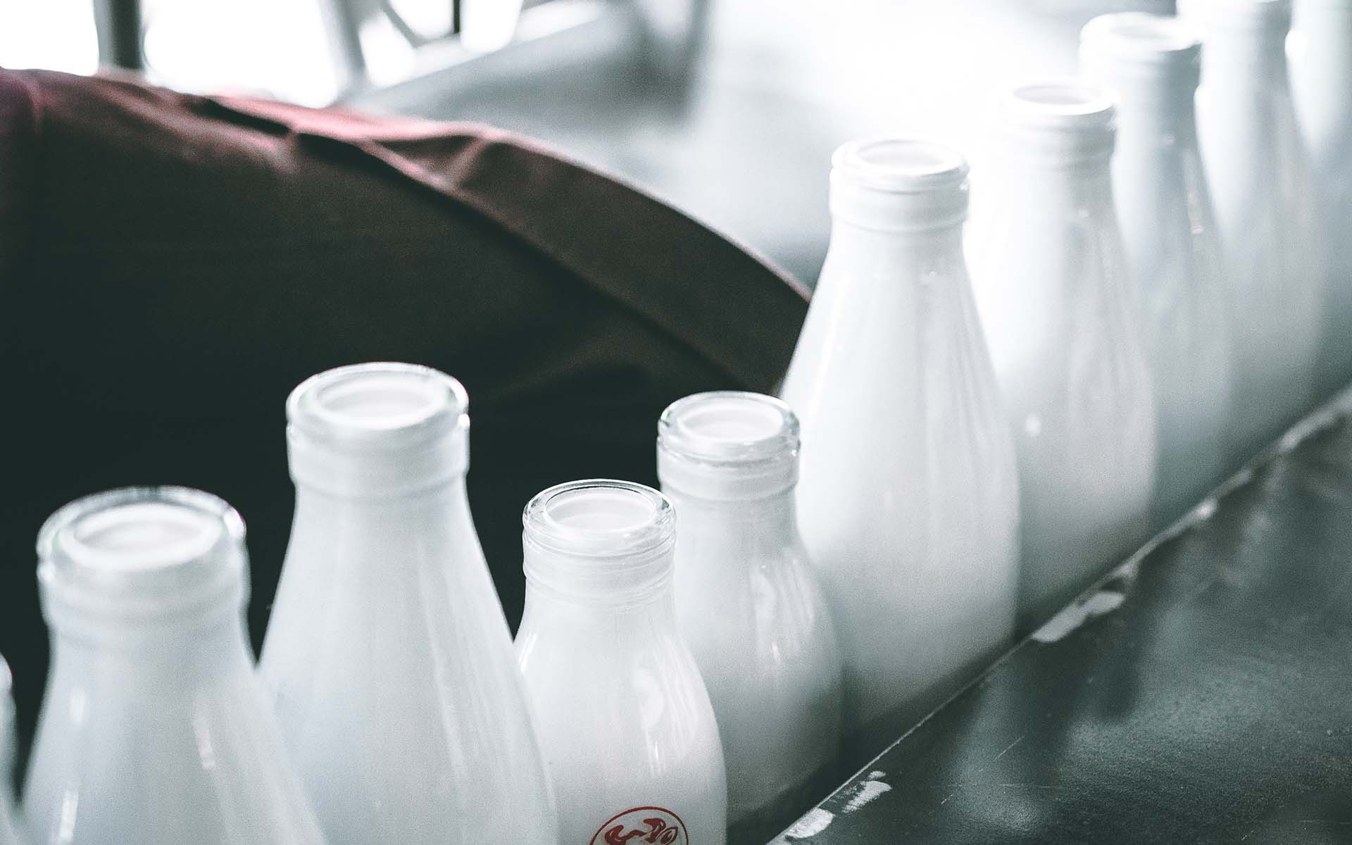 even-milk-1920x1200